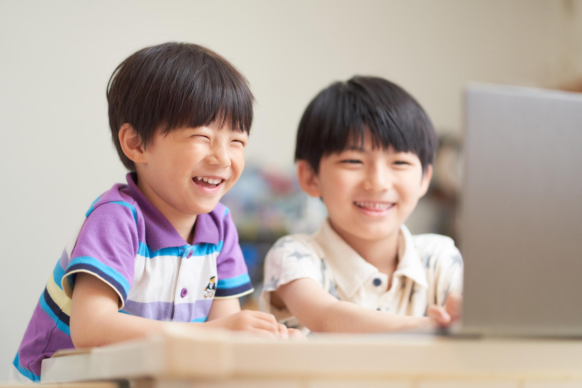 """<span class=""""title"""">子どもプログラミング教室のオンライン授業の内容</span>"""